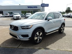 New 2020 Volvo XC40 T4 Momentum SUV V205016 for Sale in Pensacola, FL