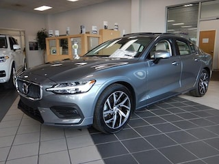 New 2019 Volvo S60 Momentum T6 AWD Sedan 7JRA22TK6KG003164 for Sale in Pensacola, FL