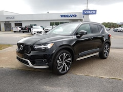 New 2019 Volvo XC40 T5 R-Design SUV YV4162UM8K2149482 for Sale in Pensacola, FL
