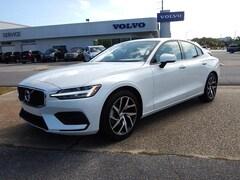 New 2020 Volvo S60 T5 Momentum Sedan V040465 for Sale in Pensacola, FL