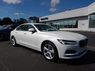 New 2018 Volvo S90 Momentum T5 FWD Sedan LVY982AK2JP026192 for Sale in Pensacola, FL