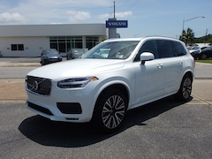New 2020 Volvo XC90 T6 Momentum 7 Passenger SUV V621450 for Sale in Pensacola, FL