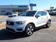 New 2020 Volvo XC40 T4 Momentum SUV V254445 for Sale in Pensacola, FL