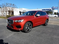 New 2019 Volvo XC60 R-Design T5 FWD SUV LYV102DM3KB218808 for Sale in Pensacola, FL