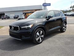 New 2020 Volvo XC40 T4 Momentum SUV V301358 for Sale in Pensacola, FL