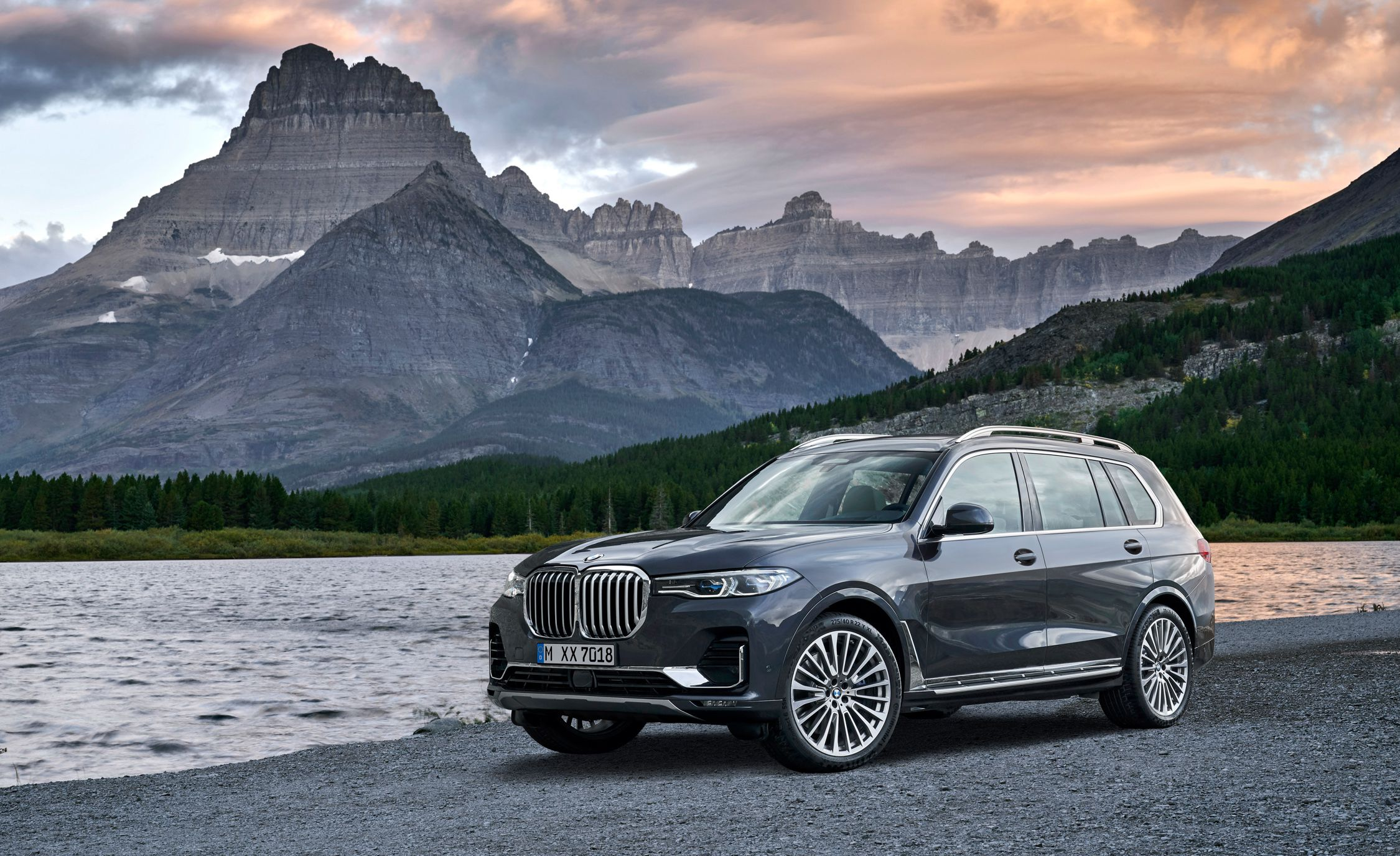 INDEX_CONTENT7_TITLE_NEW_2019_BMW_X7_XDRIVE40I