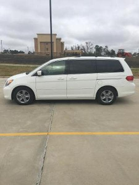 2010 Honda Odyssey Touring w/ Navigation & RES Passenger Van