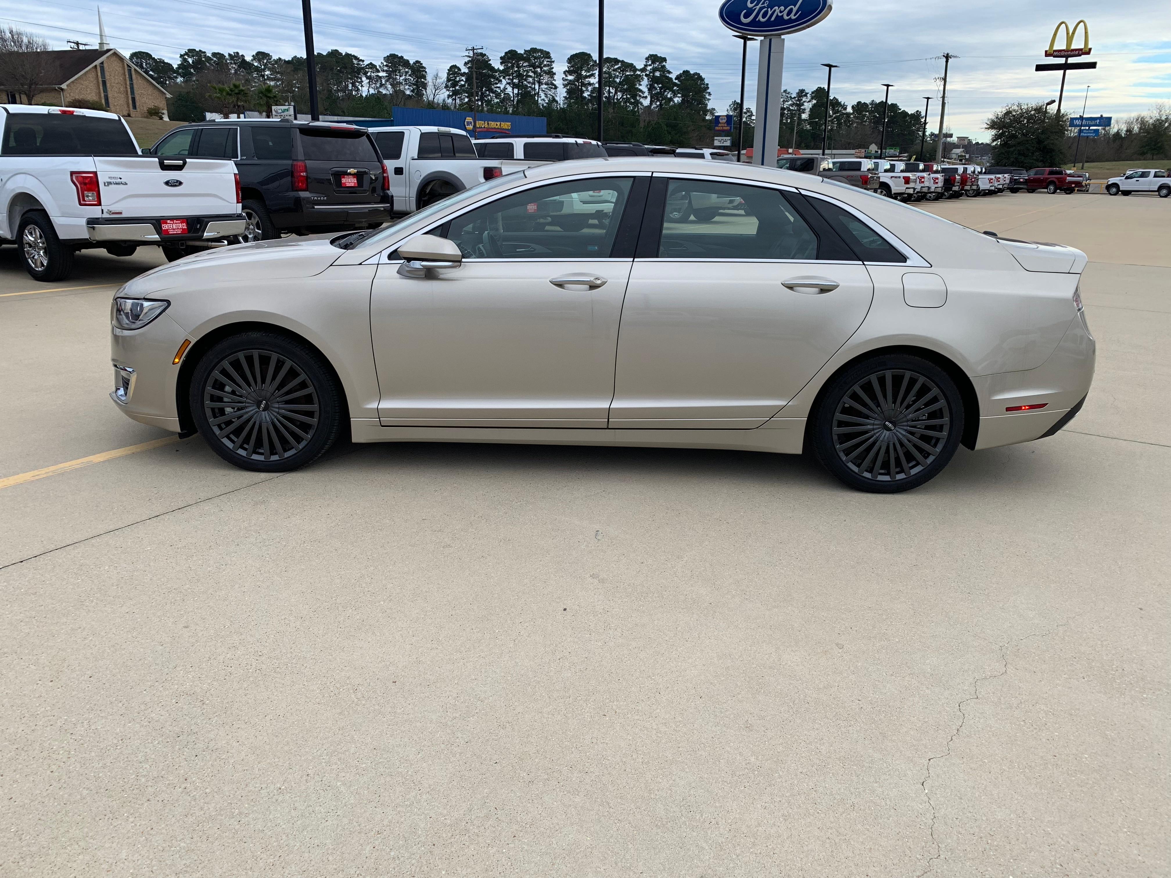 2017 Lincoln MKZ Reserve Sedan