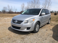 2011 Volkswagen Routan Comfortline / ALLOY RIMS / HEATED SEATS Minivan