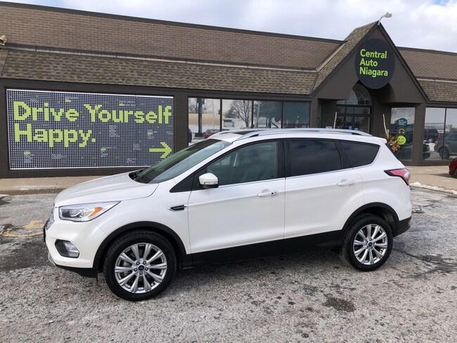 2018 Ford Escape Titanium / NAVI / LEATHER/ PANO-MOONROOF SUV