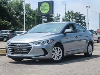 "2017 Hyundai Elantra 6 SPEED / REMOTE KEYLESS ENTRY  / 15"" Sedan"