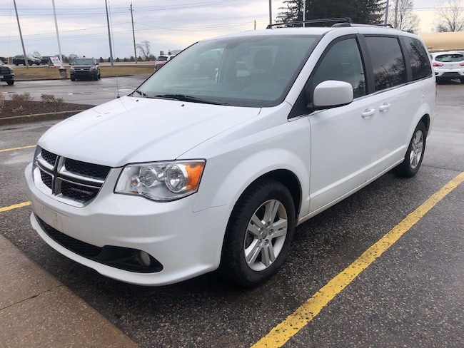 2018 Dodge Grand Caravan Crew Plus/LEATHER/PWR-DOORS/HEATED SEATS Minivan