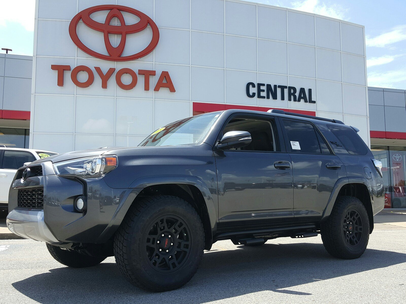New 2019 Toyota 4Runner For Sale | Jonesboro AR | JTEBU5JR3K5714648