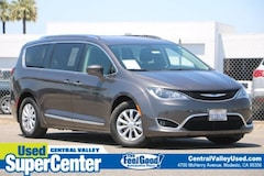 2018 Chrysler Pacifica Touring L Touring L FWD