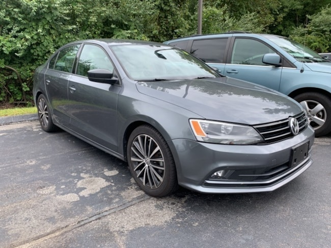 2016 Volkswagen Jetta 1.8T Sport Manual Sedan