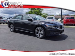 New 2020 Volkswagen Passat 2.0T SEL Sedan 1VWCA7A31LC018129 for Sale in Plainfield, CT at Central Auto Group