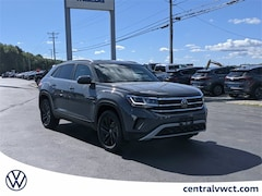 New 2021 Volkswagen Atlas Cross Sport 2.0T SE w/Technology 4MOTION SUV 1V2HC2CA4MC238737 for Sale in Plainfield, CT at Central Auto Group