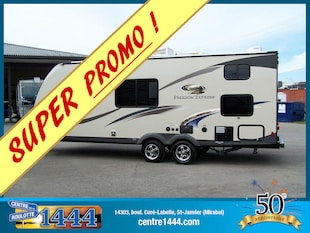 2015 Freedom Express by Coachmen 230BH - * PROMO * Familiale