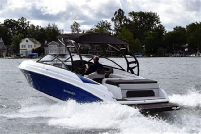 2020 RINKER BOAT CO 22 MTX Bow Rider Bientôt EN INVENTAIRE