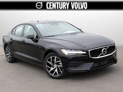 New 2020 Volvo S60 T5 Momentum Sedan LG039858 in Huntsville, AL