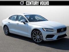New 2019 Volvo S60 T6 Momentum Sedan KG015564 in Huntsville, AL