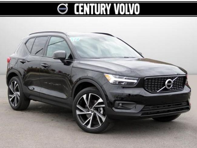 New 2019 Volvo XC40 T4 R-Design SUV For Sale/Lease Huntsville, AL