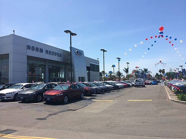 Los Angeles Ford Dealer Norm Reeves Ford