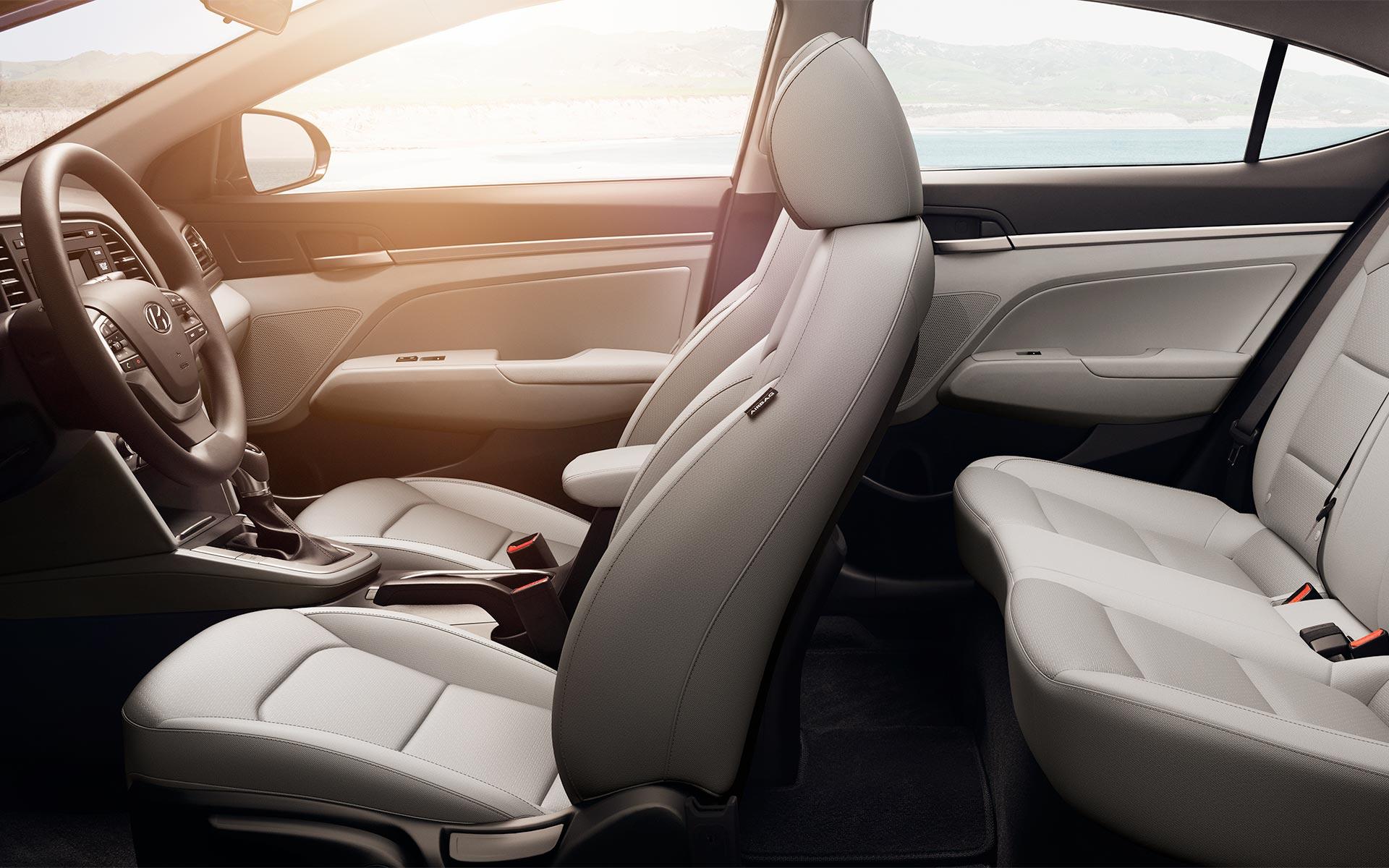 2018 Hyundai Elantra Interior