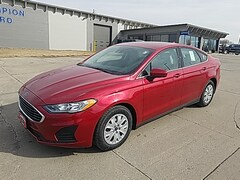 New 2020 Ford Fusion S S FWD for Sale in Carroll, IA
