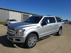 New 2019 Ford F-150 4WD SuperCrew 145 XLT for Sale in Carroll, IA