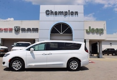 New 2020 Chrysler Pacifica TOURING L Passenger Van for sale in Athens, AL