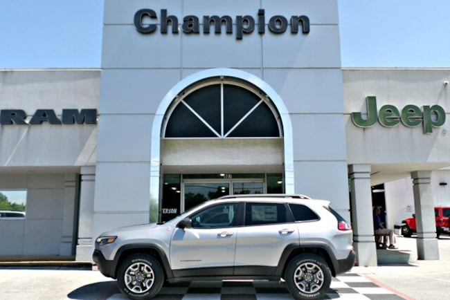 New 2019 Jeep Cherokee TRAILHAWK ELITE 4X4 Sport Utility for sale in Athens, AL