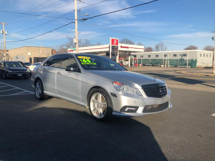 2011 Mercedes-Benz E-Class E 550 4MATIC Sedan