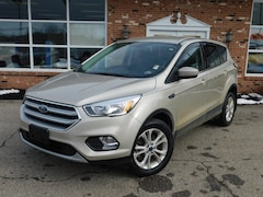 2017 Ford Escape SE 200A w/ Rear View Camera,  Securicode Keyless Entry & Sync Bluetooth System  4WD / 4x4 / AWD 1.5L I4 EcoBoost  SUV / Crossover in Edinboro, PA