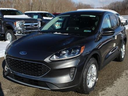 New 2020 Ford Escape SE 200A Heated Buckets  AWD SUV / Crossover For sale in Edinboro, PA