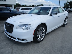 New Vehicles for sale 2019 Chrysler 300 LIMITED Sedan in Decatur, AL