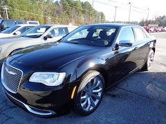 New Vehicles for sale 2019 Chrysler 300 TOURING Sedan in Decatur, AL