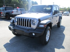 New Vehicles for sale 2020 Jeep Gladiator SPORT S 4X4 Crew Cab in Decatur, AL