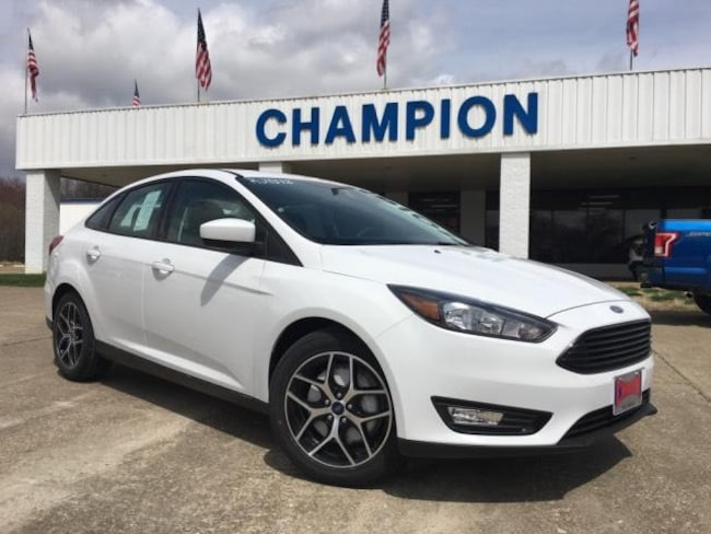 2018 Ford Focus SE Sedan Car