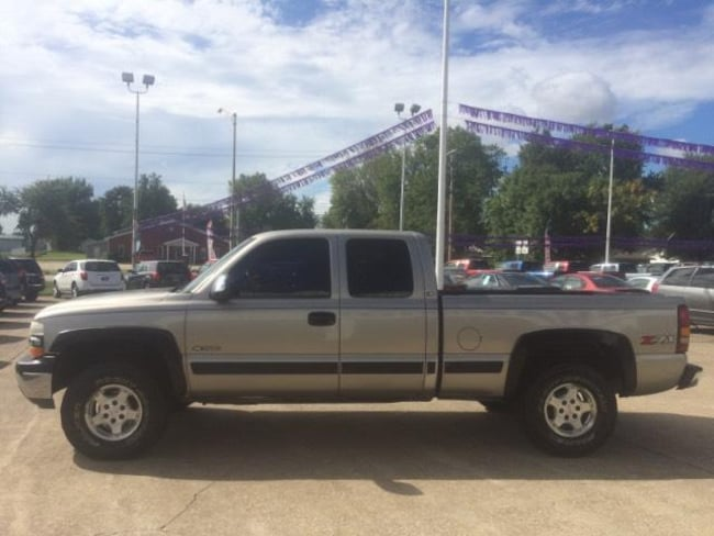 Used 2001 Chevrolet Silverado 1500 For Sale at Champion Ford REO