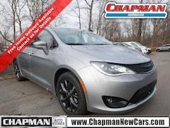 2020 Chrysler Pacifica RED S EDITION Passenger Van