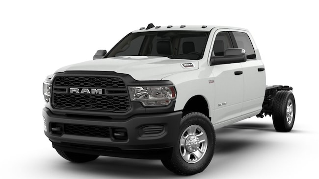 New 2019 Ram 3500 TRADESMAN CREW CAB CHASSIS 4X4 172.4 WB Crew Cab For Sale/Lease Dickinson, ND