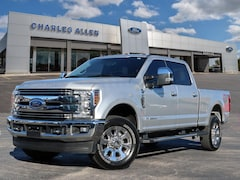 2019 Ford F-250 Lariat CREW CAB SHORT BED TRUCK