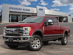 2019 Ford F-250 King Ranch CREW CAB SHORT BED TRUCK
