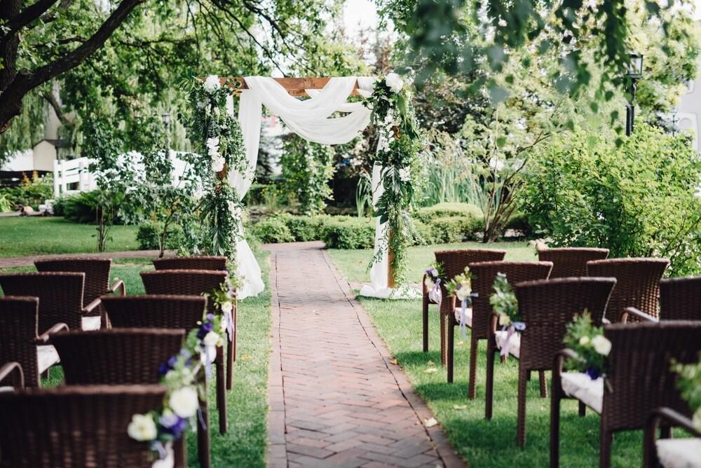Best Wedding Venues Des Moines IA | Charles Gabus Ford