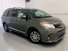 2020 Toyota Sienna XLE 8 Passenger Van Passenger Van