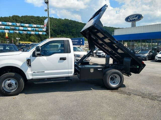 2018 Ford F-350 Chassis XL DRW, Dump Bed, Truck Regular Cab