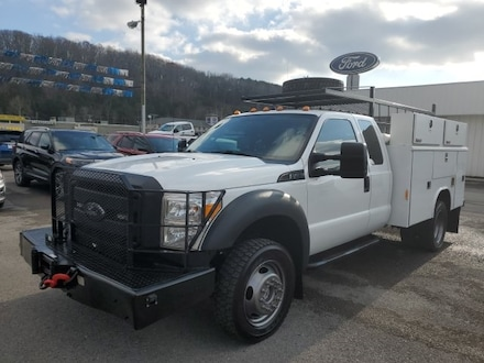 2011 Ford F-450 Chassis Super Cab, 4WD, Utility Bed Truck Super Cab