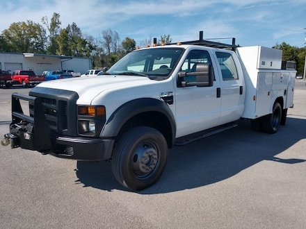 2008 Ford F-450 Chassis XL Truck Crew Cab
