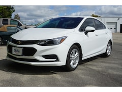 2017 Chevrolet Cruze LT Auto Sedan 6 speed automatic